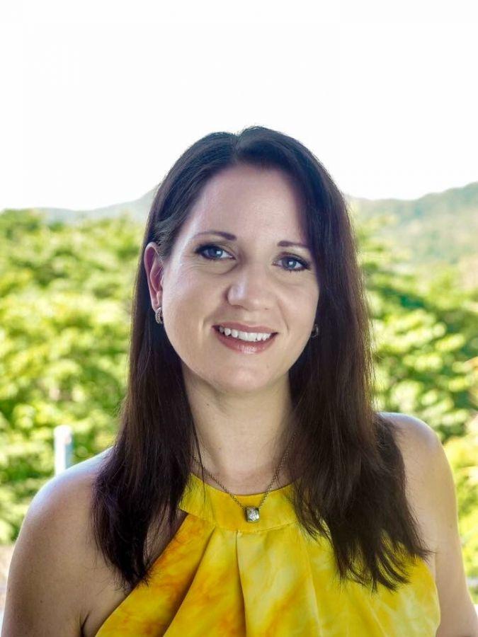 Lesley Van Staveren - https://fnqplastics.com.au/